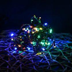 LED többszínű fényfüzér 8 programos vezérlővel (fekete kábel)